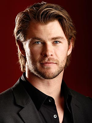 chris hemsworth taille