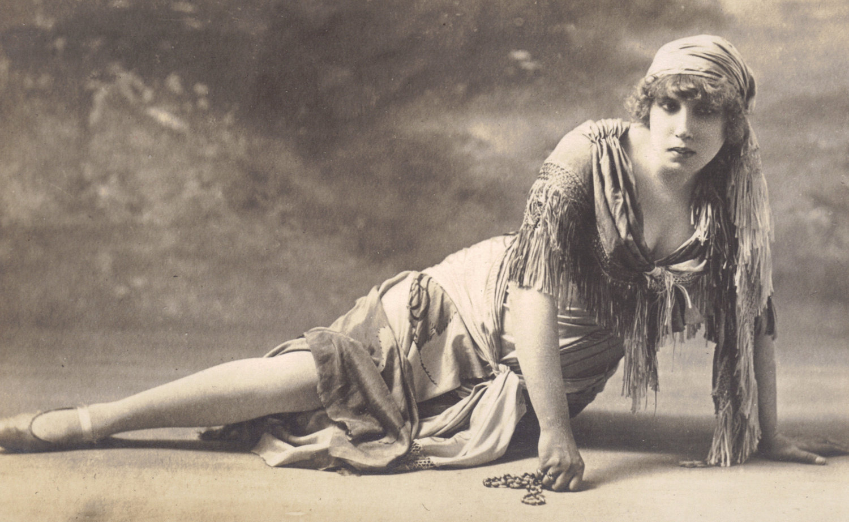 Mignon Anderson nudes (65 photo) Cleavage, 2015, braless