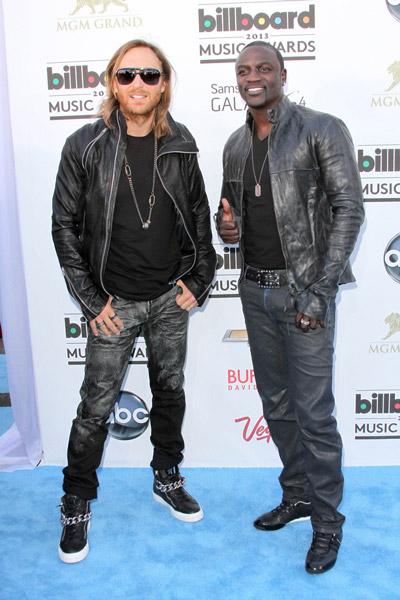 ¿Cuánto mide David Guetta? - Altura - Real height Akon1
